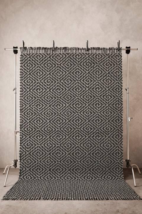 SPELLO slätvävd matta 200x300 cm