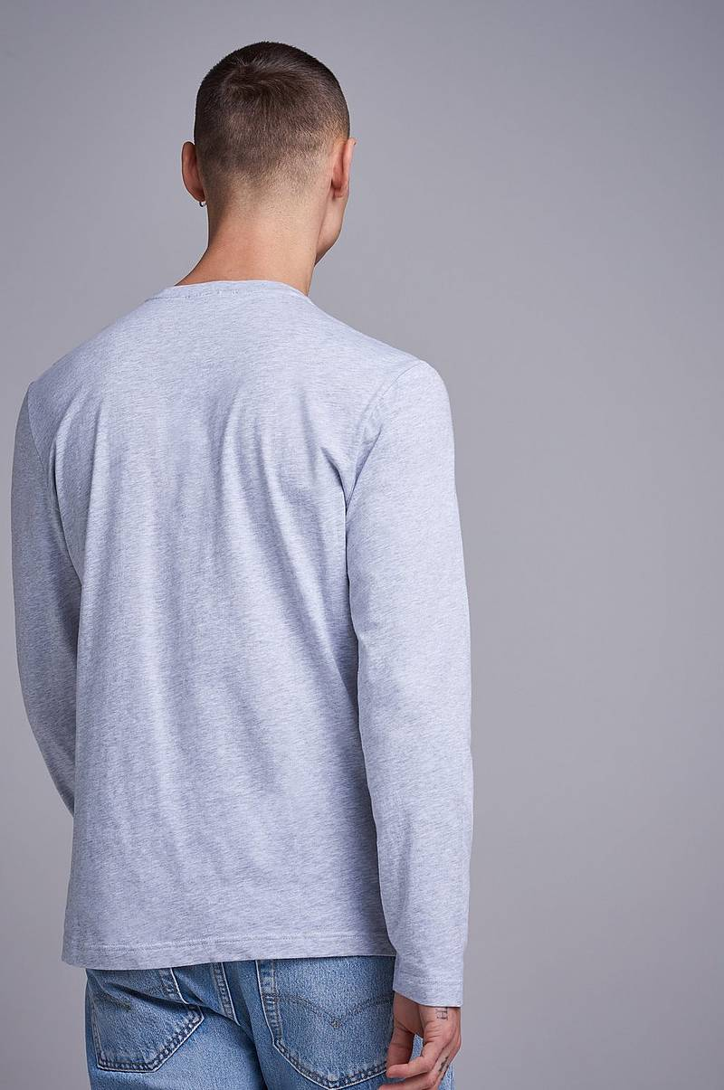 Genser Long Sleeve Crew Neck Tee CCA