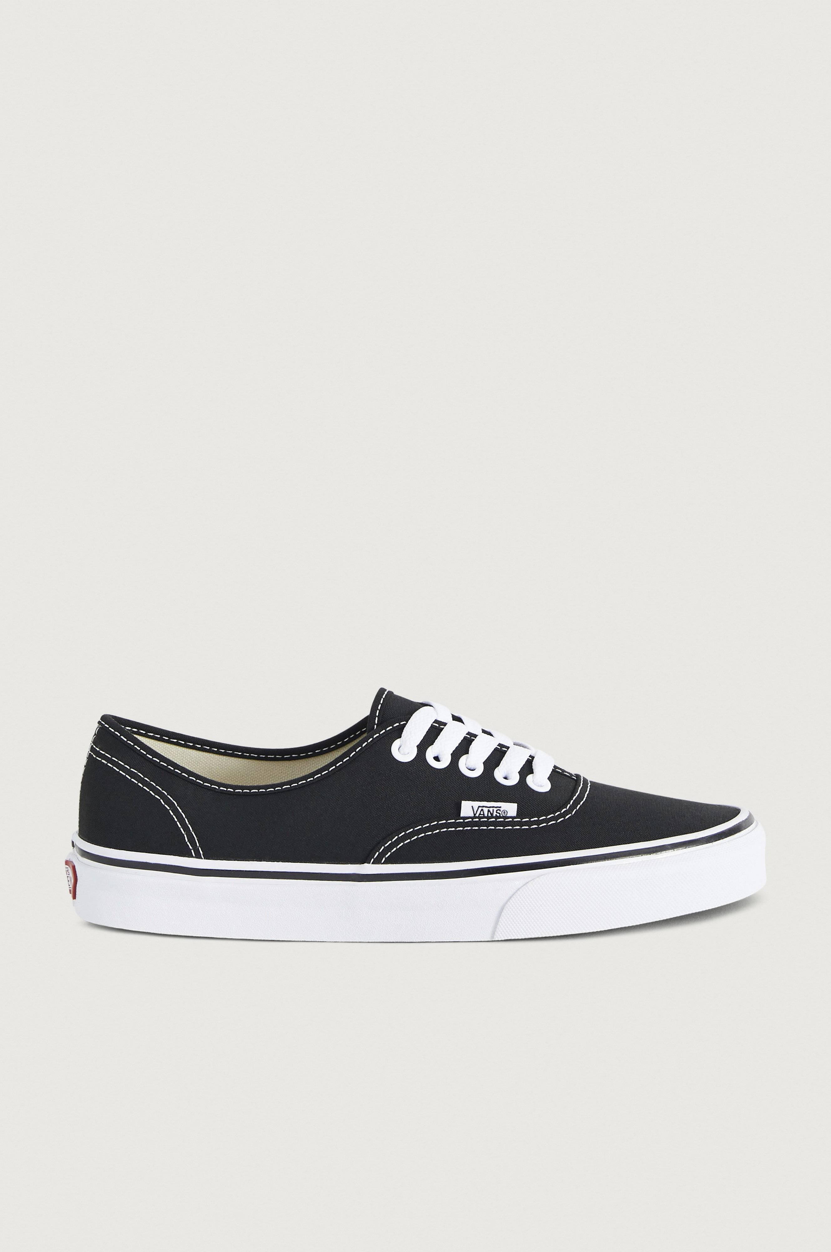 VANS Authentic Sneakers & textilskor Svart