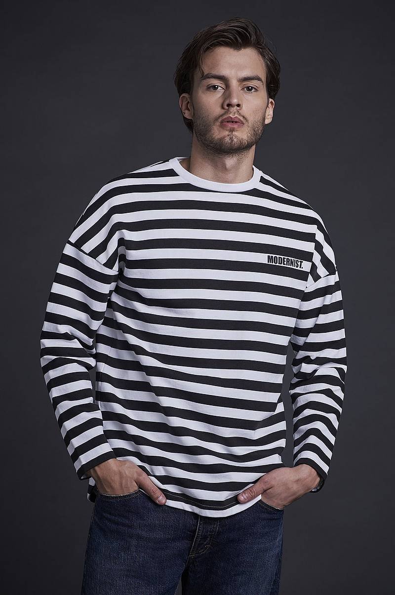 Collegepusero Striped Sweater