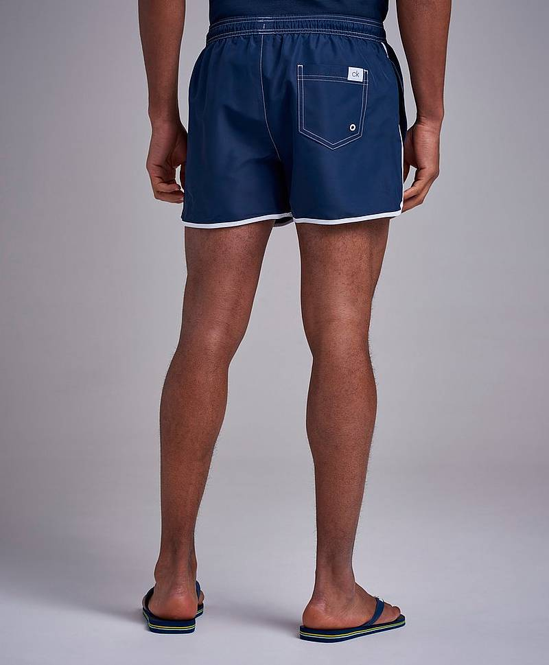 CK Retro Short Runner