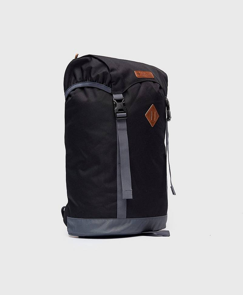 Classic Outdoor 25L Backpack