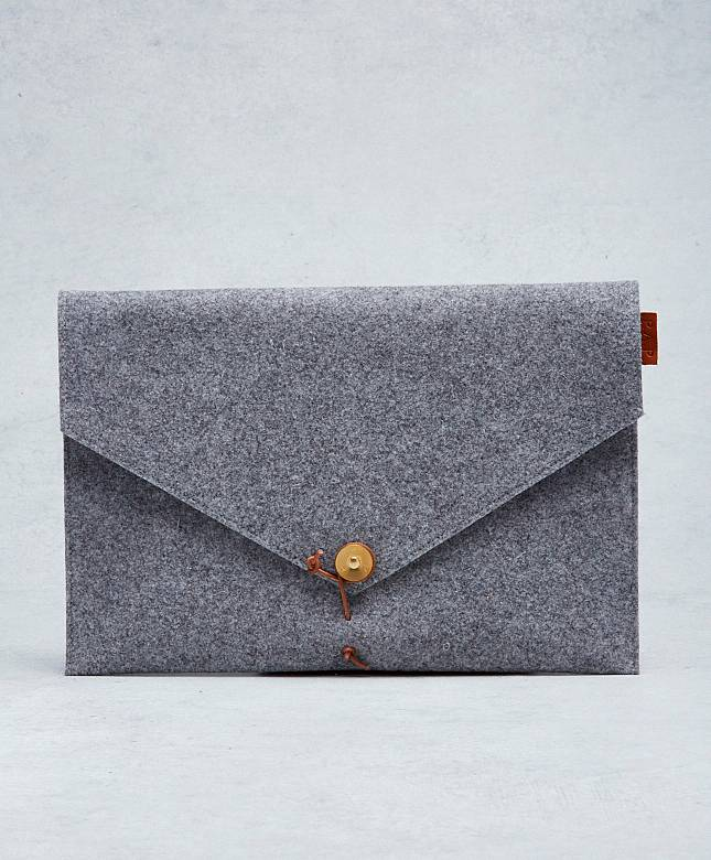 "Kungsten 15"" Felt Laptop Cover L."