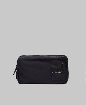 Calvin Klein Item Story Washbag Svart