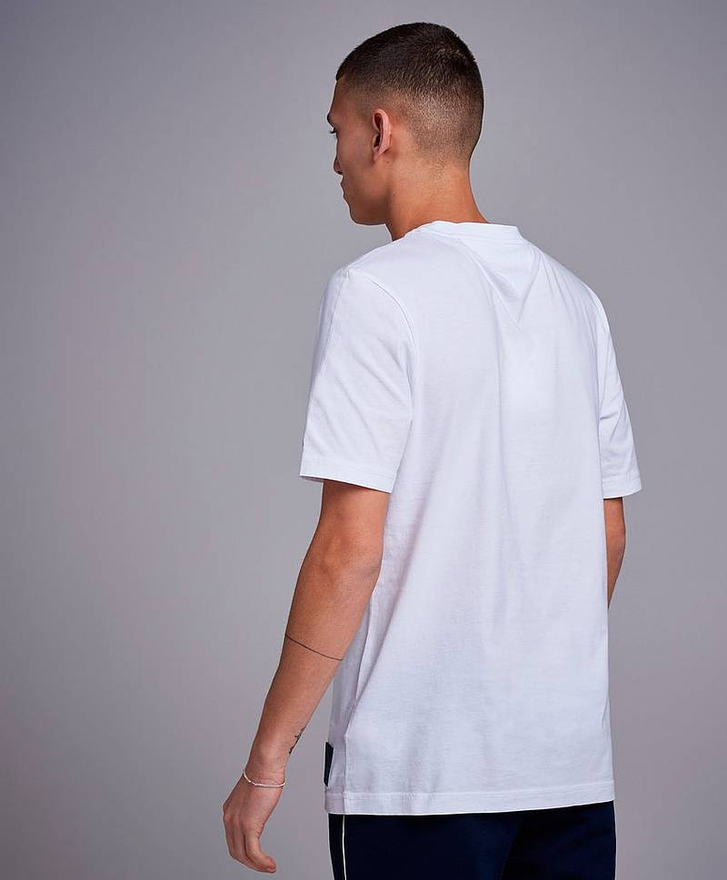 Big Scale Relaxed Tee