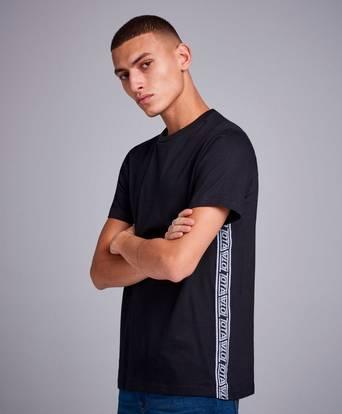 Studio Total T-Shirt Robert Tape Tee Svart
