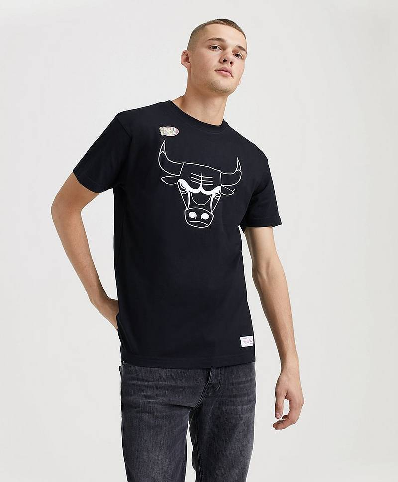 Black & White Tee Chicago Bulldog Black/White
