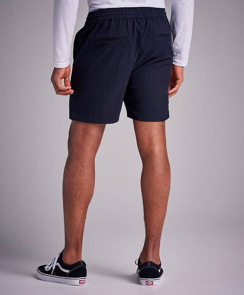 Main Shorts New Stripe Navy
