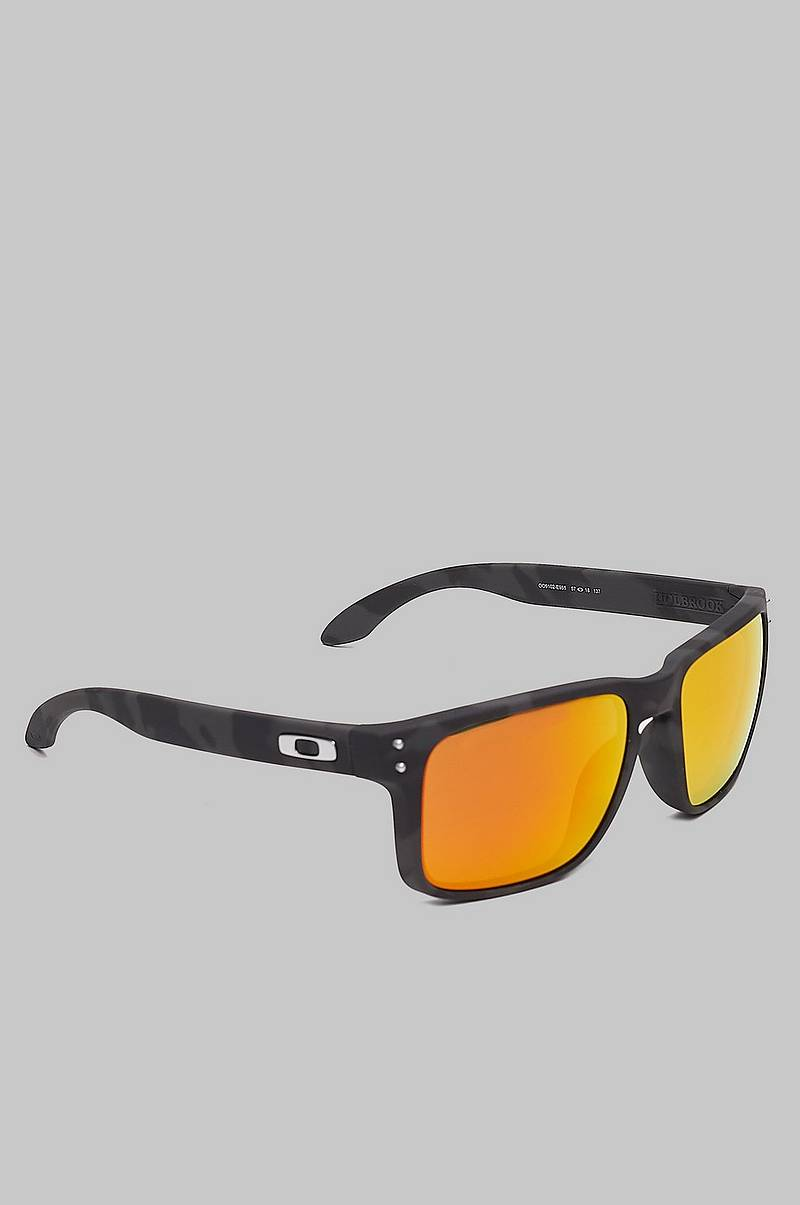 0OO9102 Black/Orange