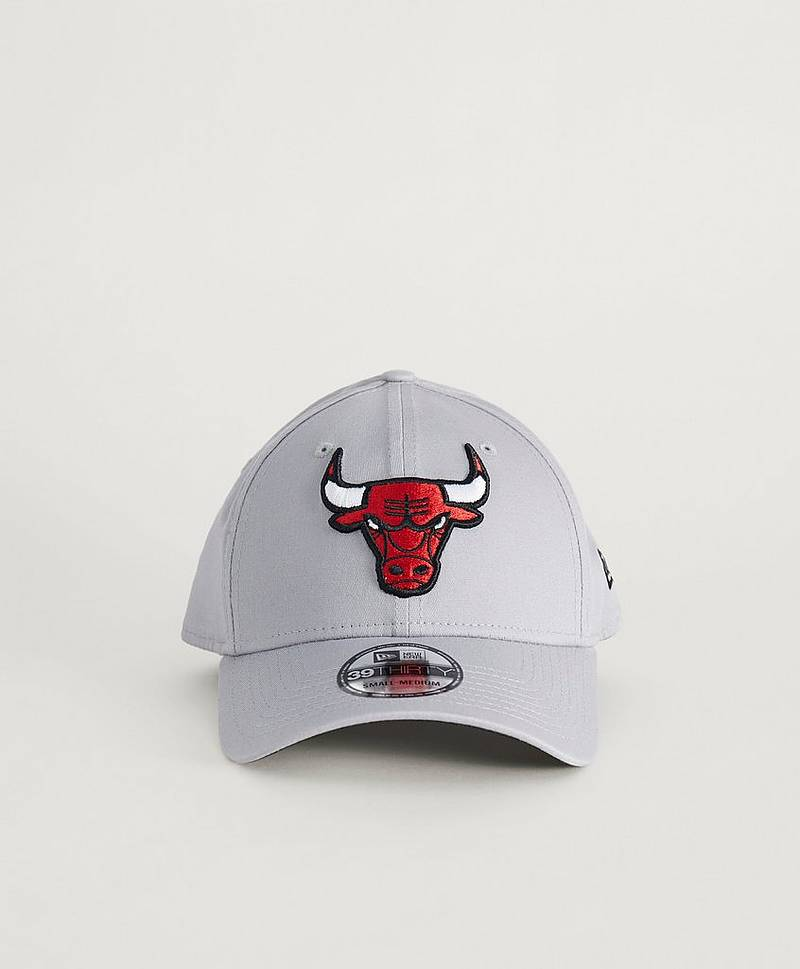 39Thirty NBA Team Bulls Gray