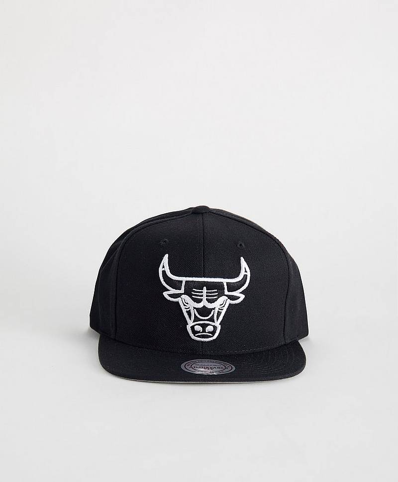Wool Solid Snapback Chicago Bulls Black/White