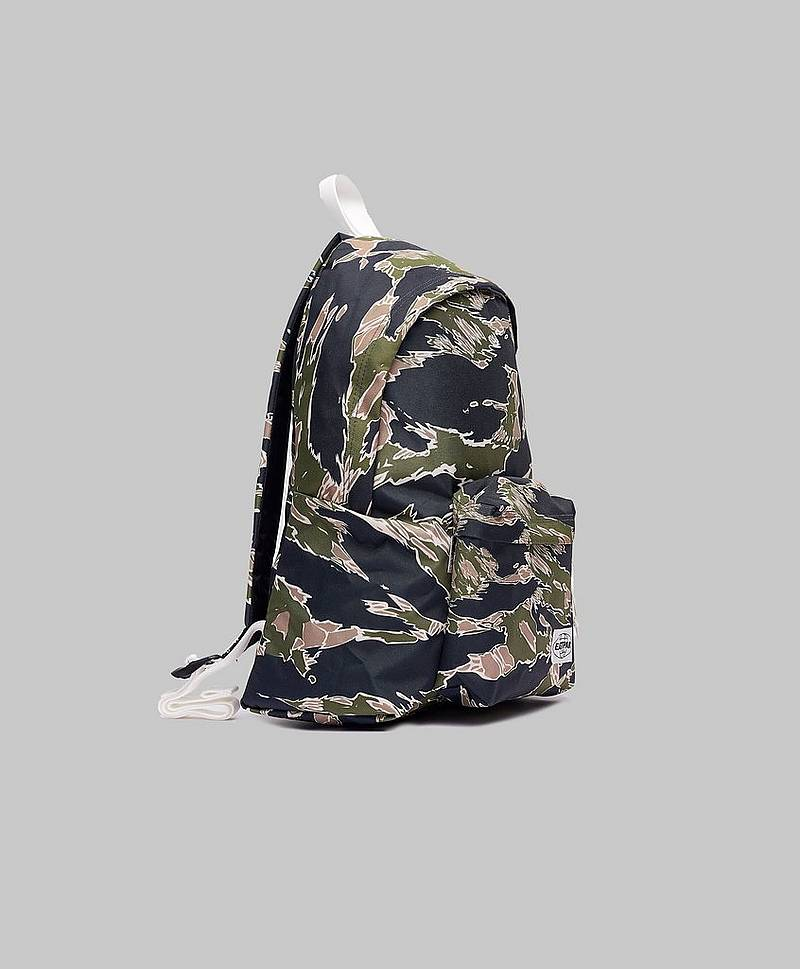 Padded Pak'r Camo 'Ed Forest
