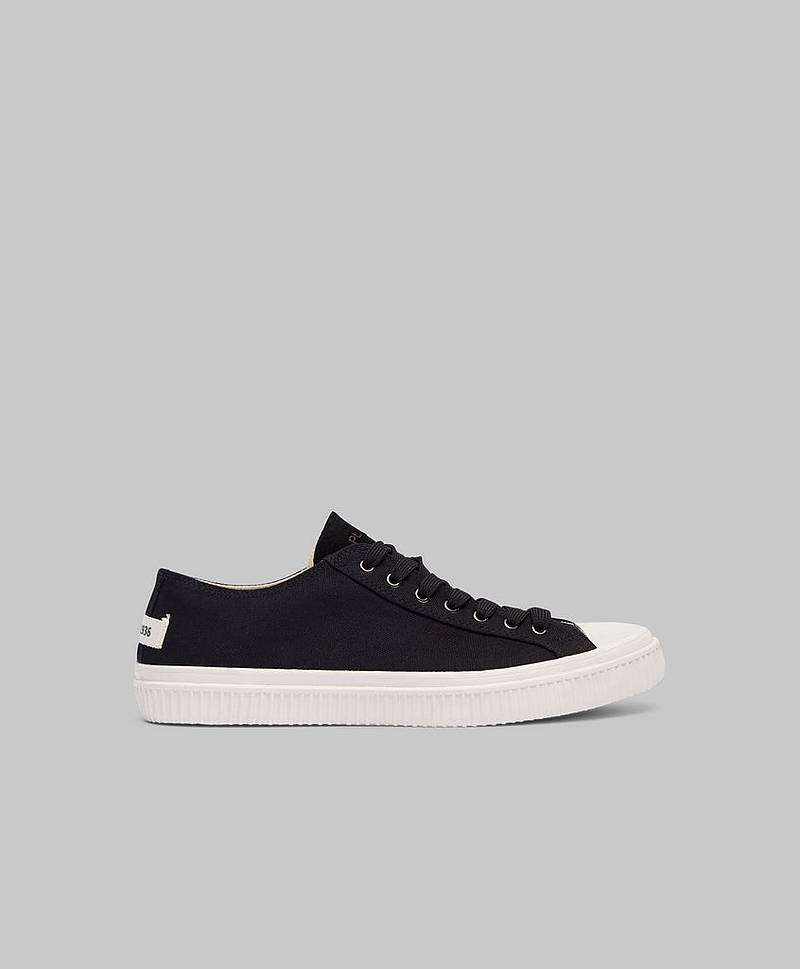 Alfred Canvas Black