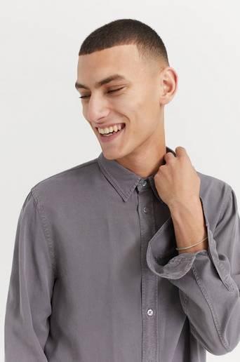 Filippa K M. Ben Tencel Shirt Grå
