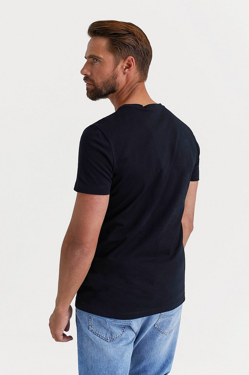 T-shirt Chest Institutional Slim SS Tee