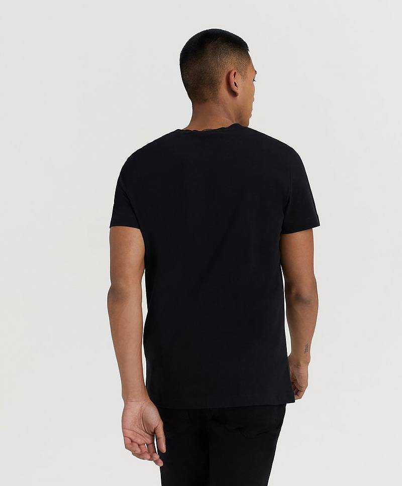 T-Shirt Institutional Logo Slim SS Tee