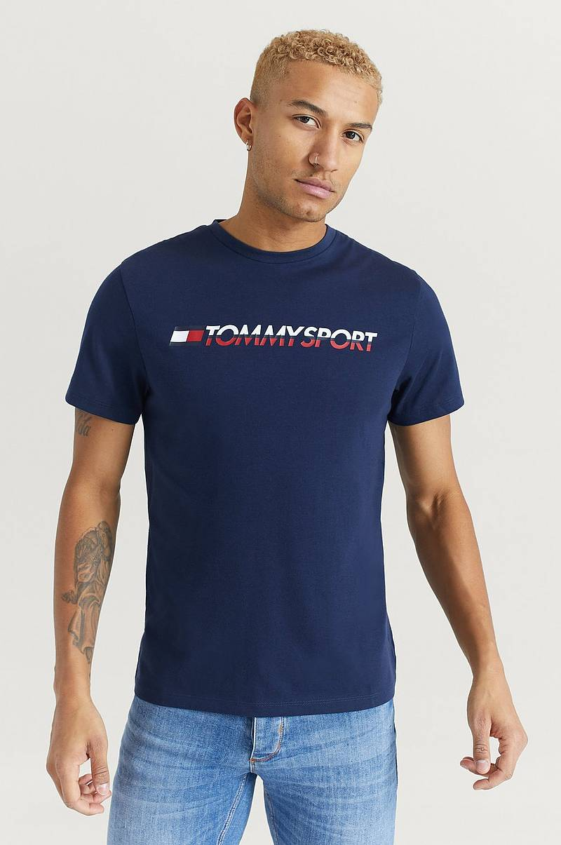 T-Shirt Logo Chest
