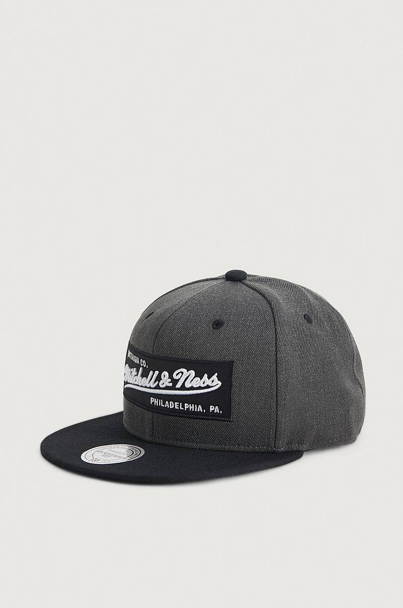 Caps Box Logo Snapback - Own brand