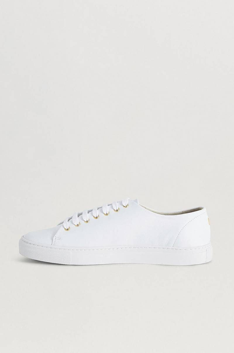 Classic Leather Sneaker Extra Laces