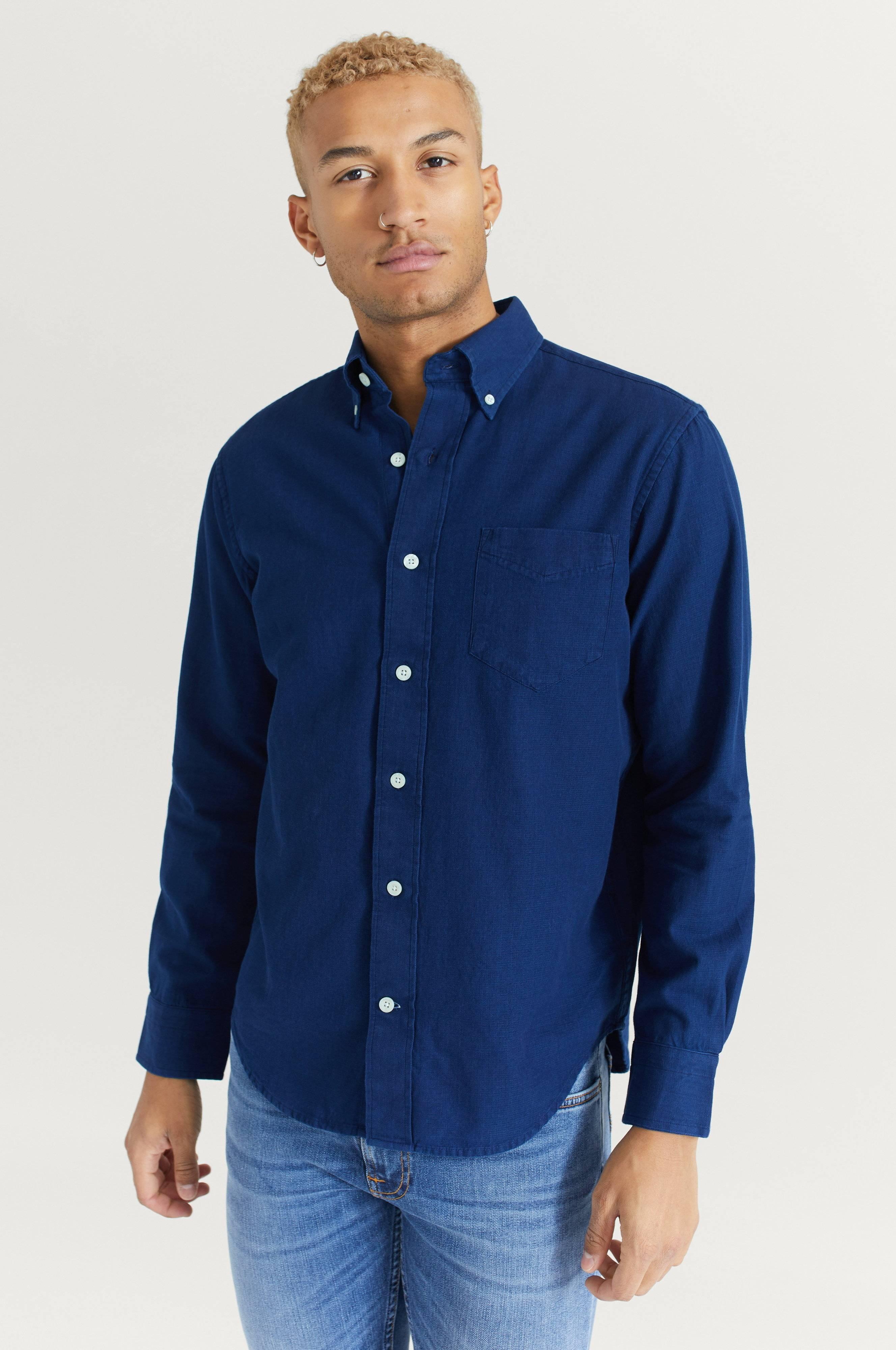 Gant Skjorta D1. Indigo Solid Hugger BD Blå