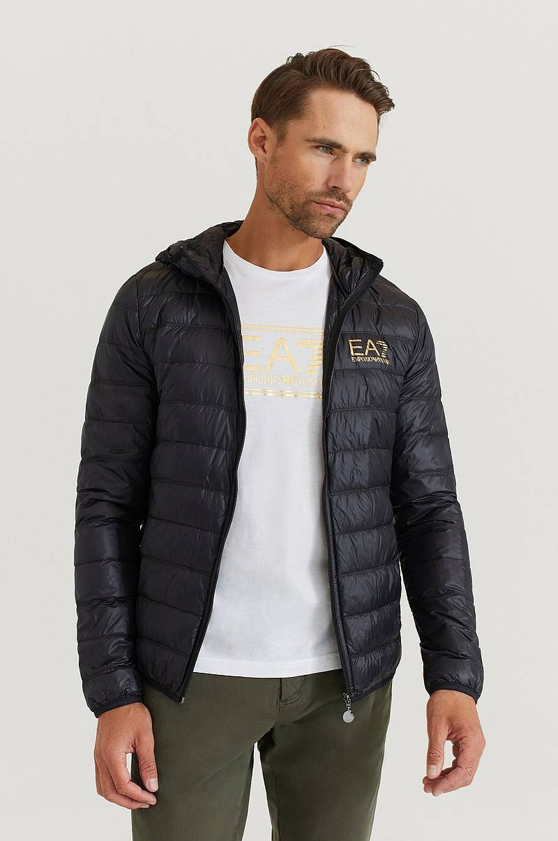 Jacka Light Down Hooded Jacket