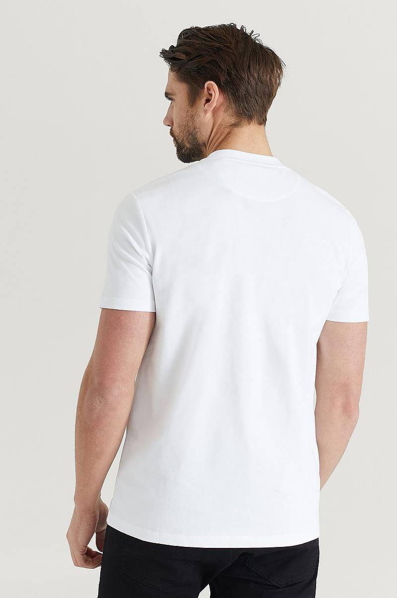 T-shirt Chest Pocket