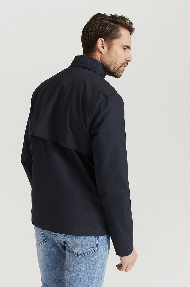 Jakke Lightweight Funnel Neck Jacket