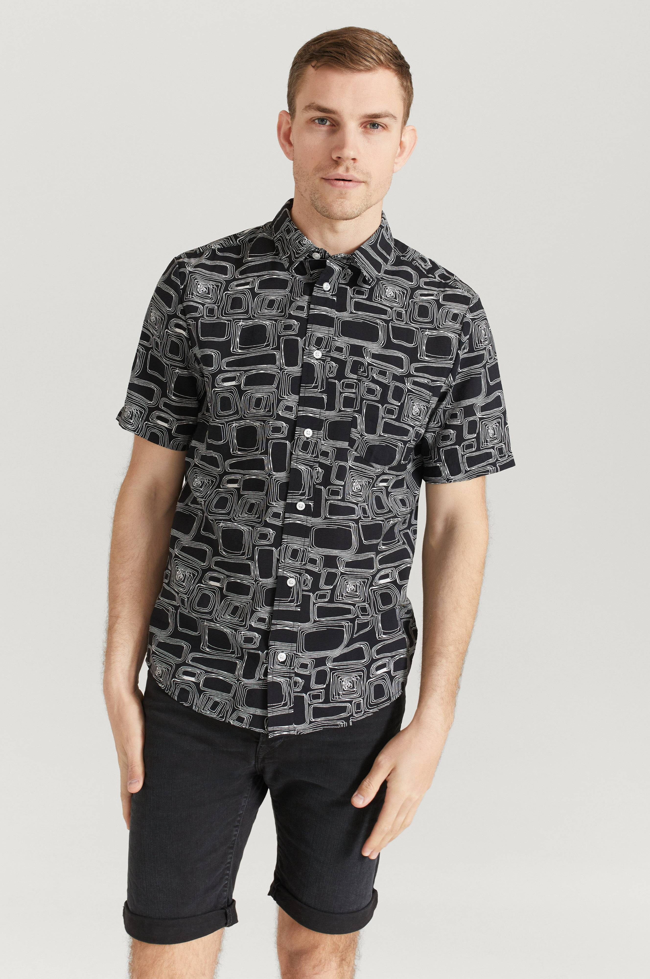 Legends Kortärmad Skjorta Cali Shirt Svart