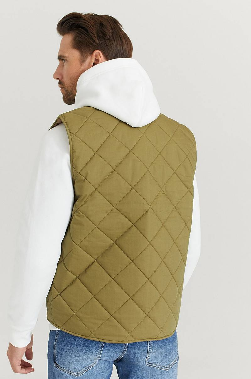 Liivi D1. The light Padded Vest
