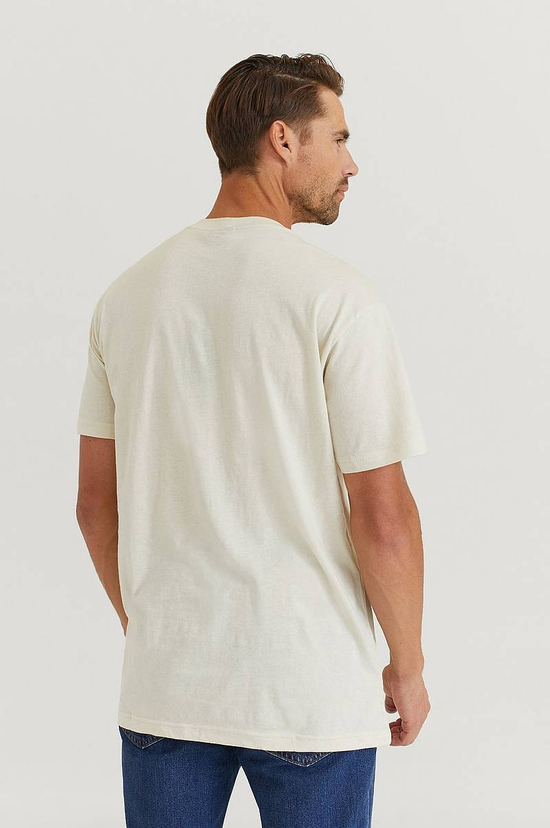 T-Shirt S/S Lightweight Graphic Outfitter