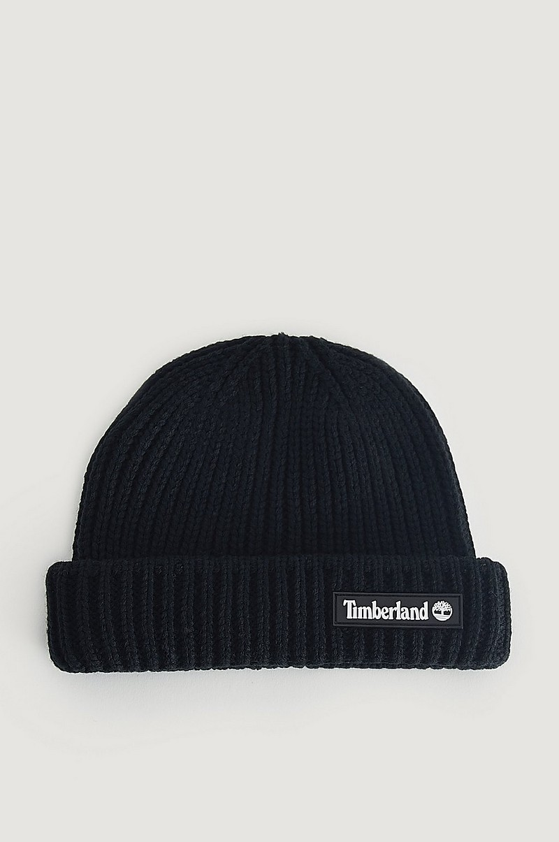 Lue Shallow Beanie With Rubber Patch
