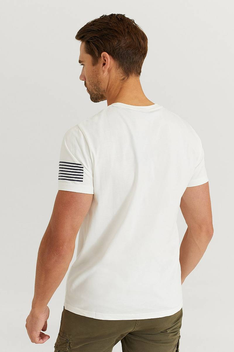 T-Shirt D1. 13 Stripes SS T-Shirt