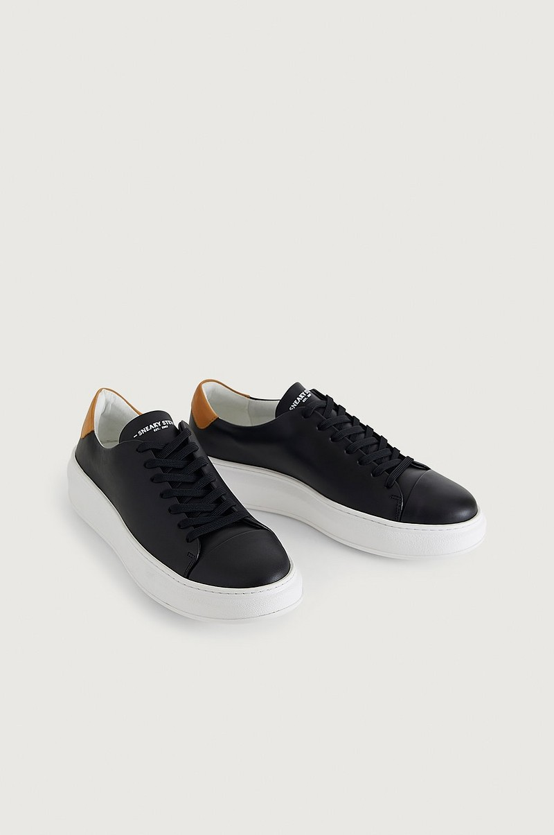 Sneakers Ayano Leather Shoe