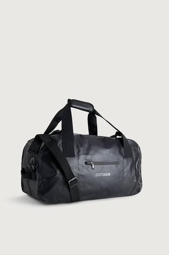 Stutterheim Weekendbag Rain Packer Black Svart