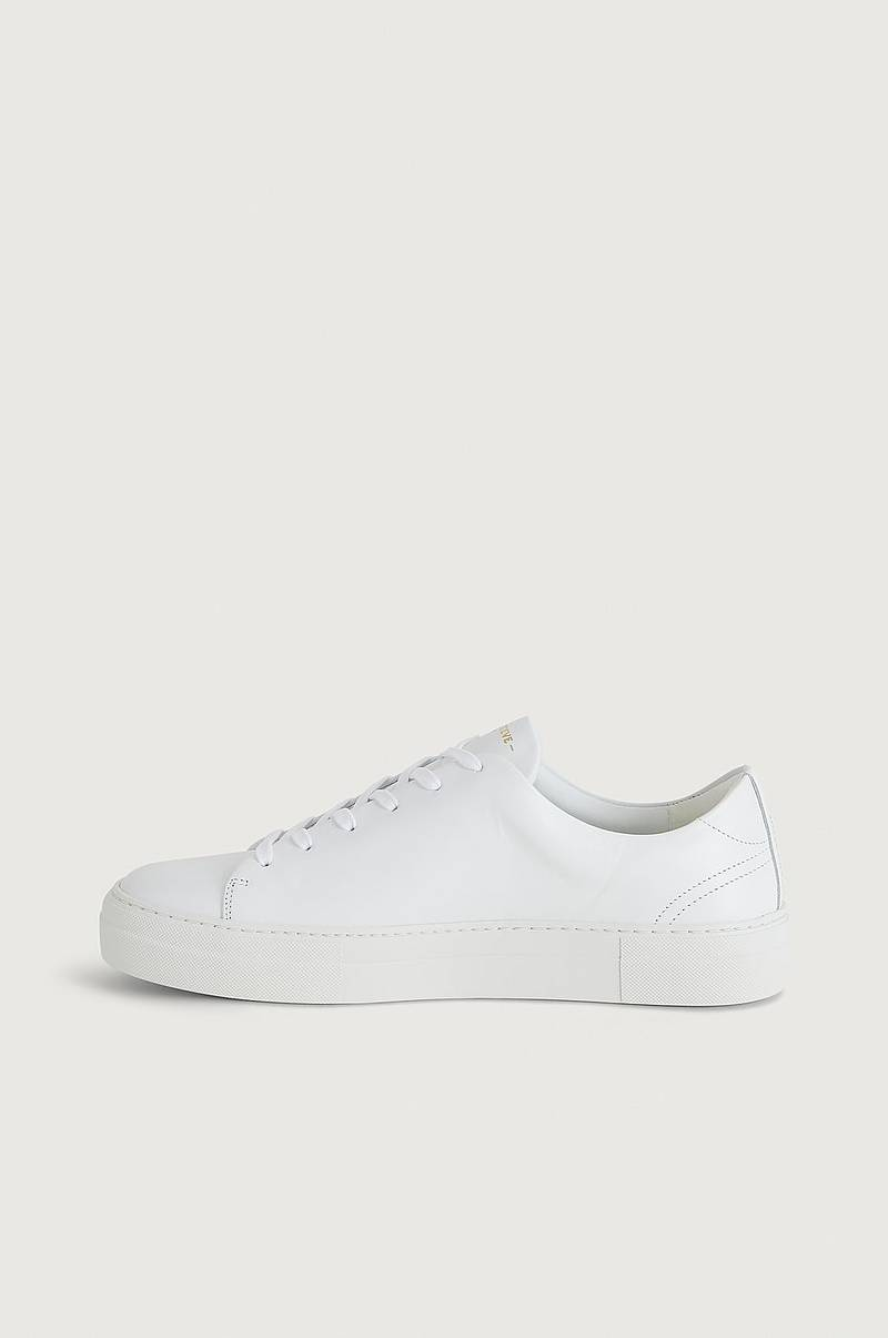 Sneakers Calm Leather Shoe